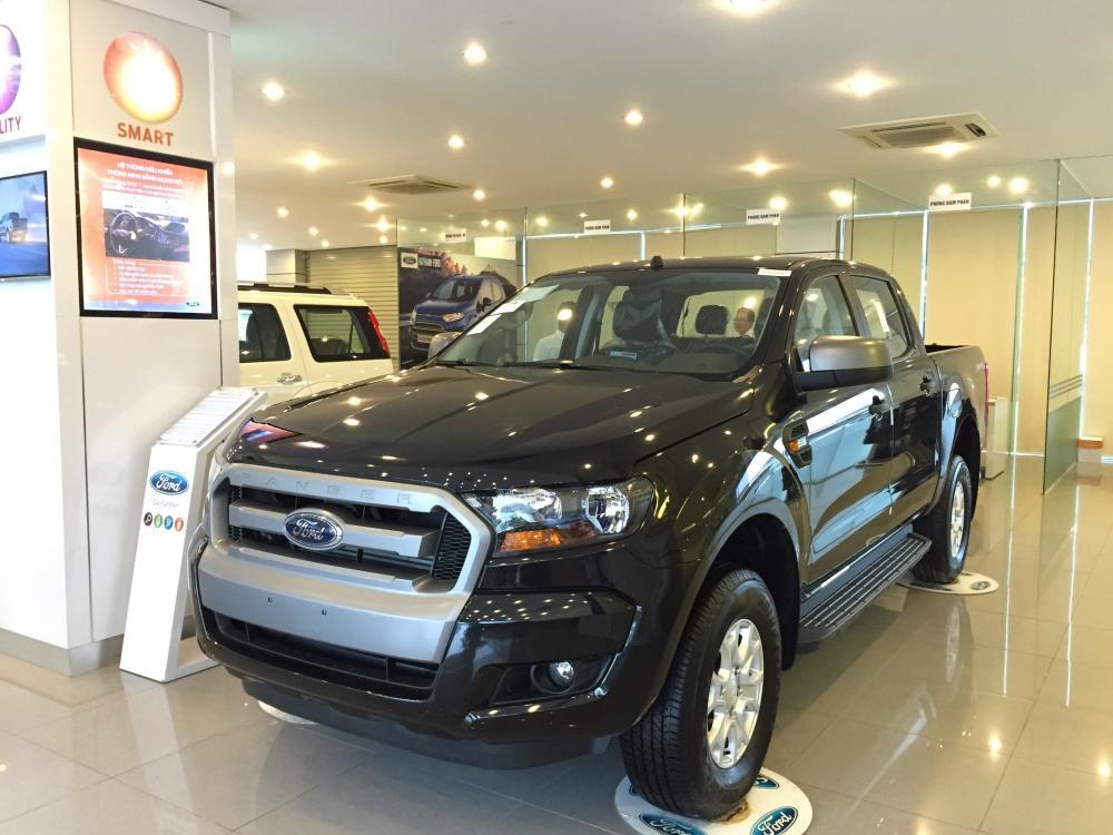 Xe Bán Tải Ford Ranger màu đen 01