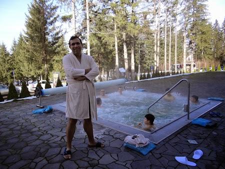 15. piscina afara.JPG