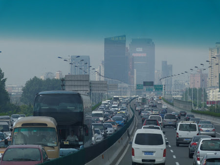 Trafic in China: Suburbii Shanghai