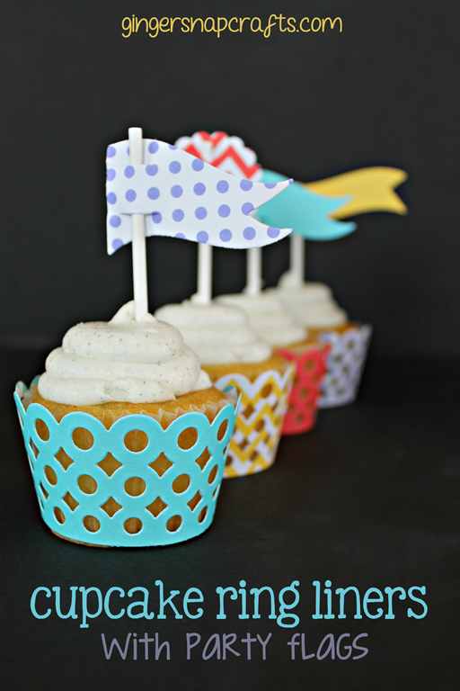 Cupcake-Ring-Liners-with-Party-Favor[3]