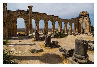 Volubilis - der Innenraum der Basilika