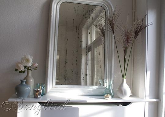White Living Room Vignette 5