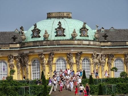 Obiective turistice Potsdam: Pavilion central - Palat Sanssouci