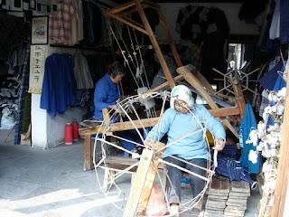 Fabrication traditionnelle de vêtements à Zhouzhuang