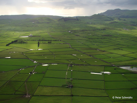 Obiective turistice Azore: Ziduri din roca vulcanica