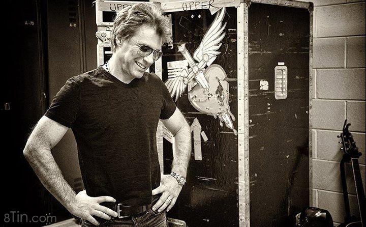 Happy Birthday to rock star Jon Bon Jovi !!! Mở bài It's My Life nghe đeyyyyyyy!!! <3