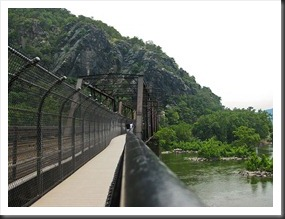 Harpers_Ferry_footbridge