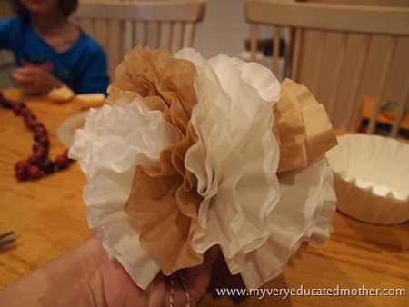Coffee Filter Balls #coffeefiltercraft #pompoms