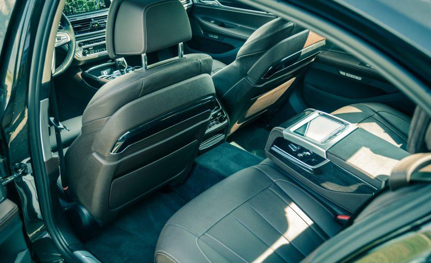 Xe BMW 740Li 06