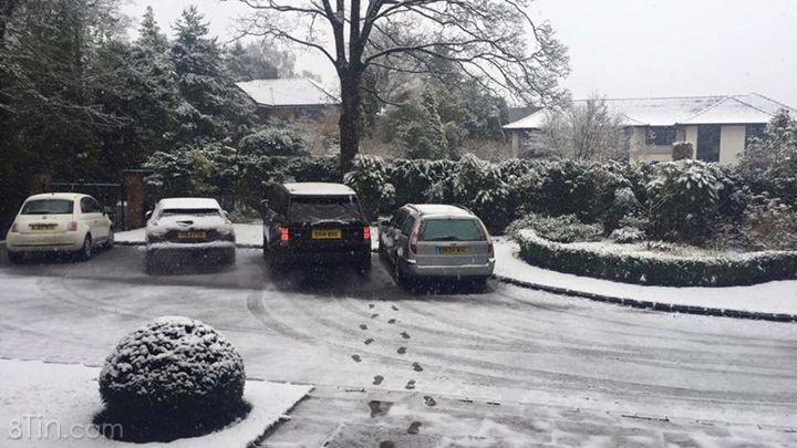 Tuyết ngập Manchester, không biết Chủ nhật này đá đấm kiểu gì? :/