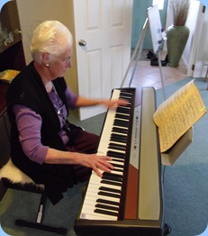 Dorothy Waddel playing the Club's Korg SP250