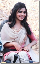 Samantha Latest Stills from Autonagar Surya Movie, Samantha Hot Navel Photos in Autonagar Surya Movie