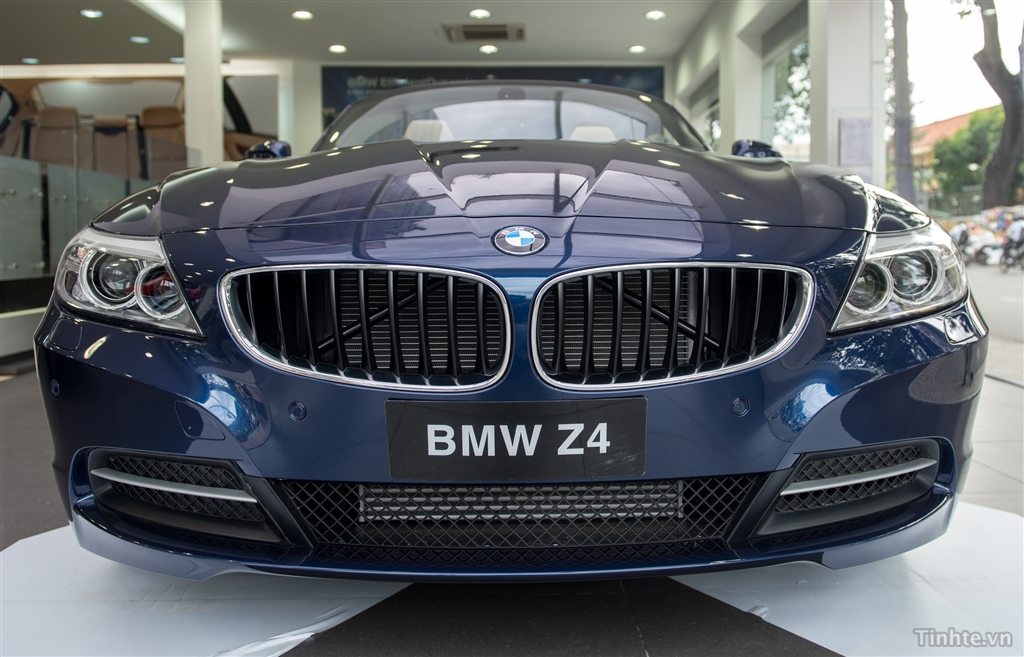 Xe BMW Z4 20i sDrive 01