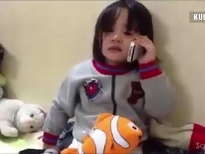 Cô bé gọi điện vì nhớ anh trai đang đi học ở xa