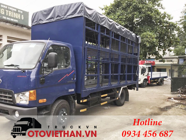 Xe tải Hyundai HD700 thùng chở xe máy