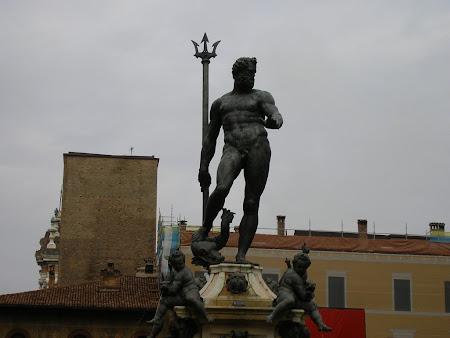 Obiective turistice Bologna: Statuia lui Neptun