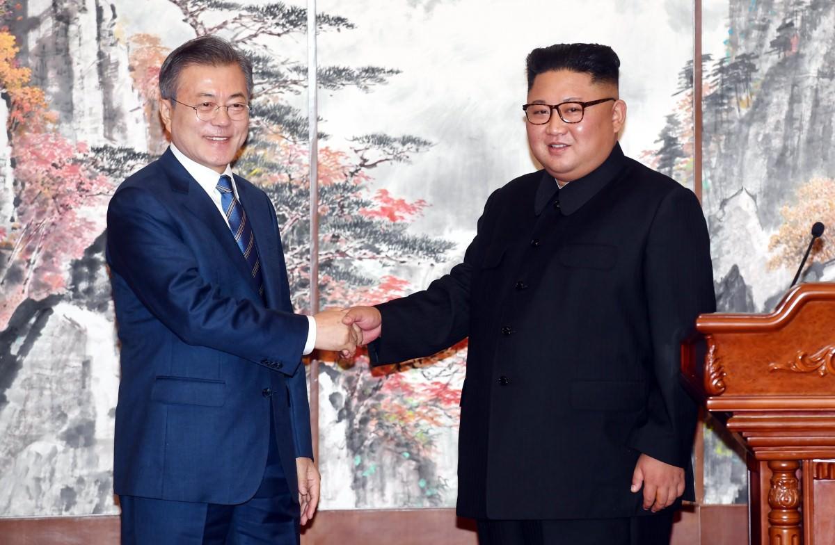 Tổng thống Hàn Quốc Moon Jae-in và Chủ tịch Triều Tiên Kim Jong-un