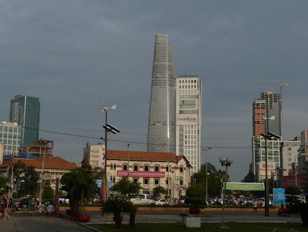 153. Saigon vechi si nou.JPG