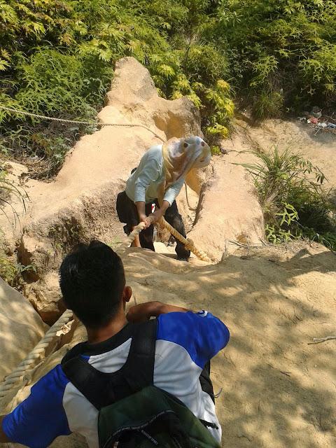 9 Tips Persediaan Mendaki Bukit Atau Gunung