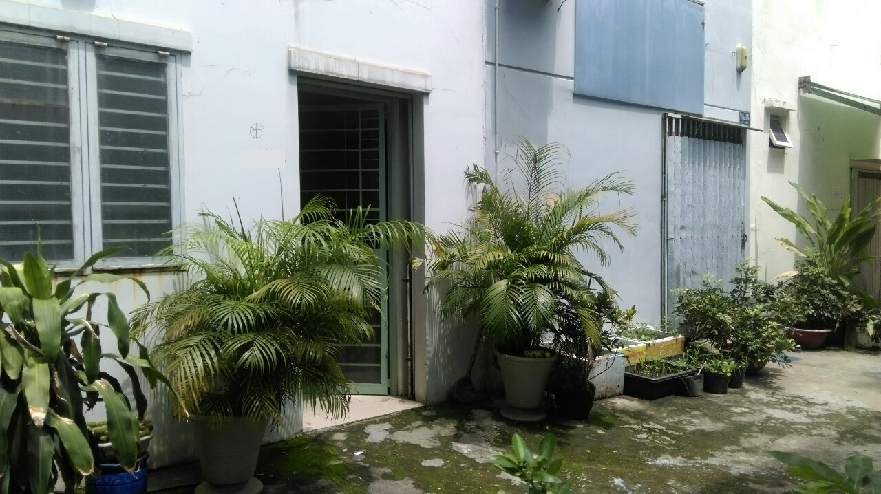 Bán Nhà Phố Mặt Tiền đường Trần Thủ Độ Quận Tân Phú 02