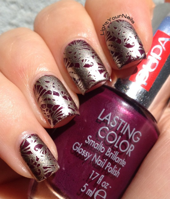 Nail stamping with BornPretty plate QA92, Pupa 305, Essie Good as Gold