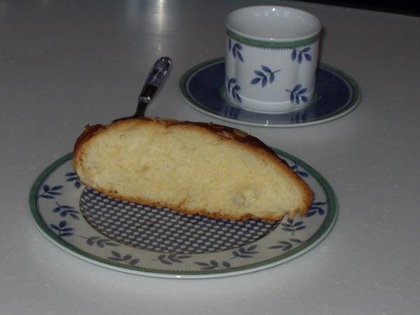 Sweet Bread (Tsoureki)