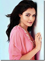 andrea_jeremiah_stylish_photo