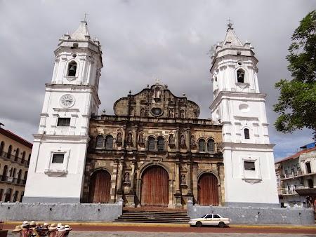 14. Catedrala.JPG