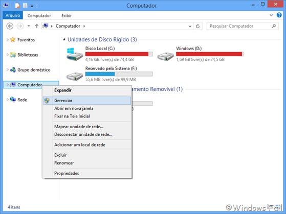 No Explorador de arquivos, clique com o botão direito em Computador, depois clique em Gerenciar.