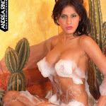 Andrea Rincon, Selena Spice Galeria 41 : Relajacion, Petalos De Rosa y Espuma En El Jacuzzi – AndreaRincon.com Foto 33