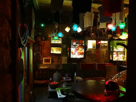 30. Szimpla bar.JPG