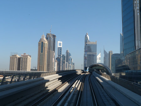 Transport prin Emirate: Metro Dubai