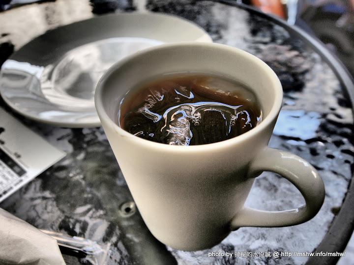悠閒的早茶