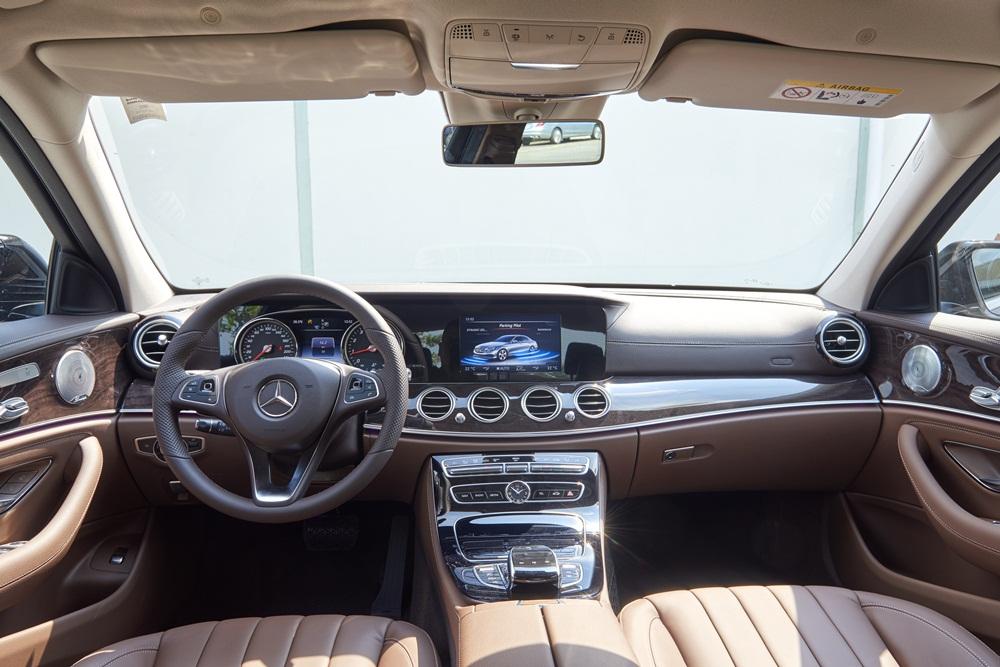 Xe Mercedes Benz E250 AMG Thế Hệ Mới 010