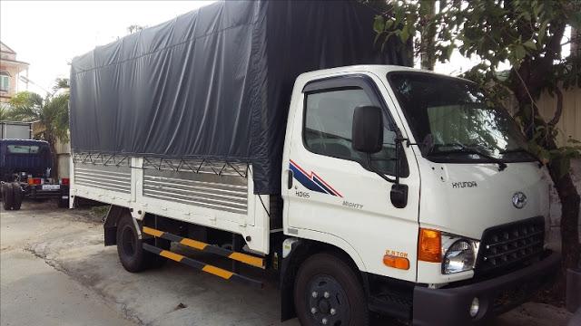 Hyundai 2,5 tấn thùng bạt
