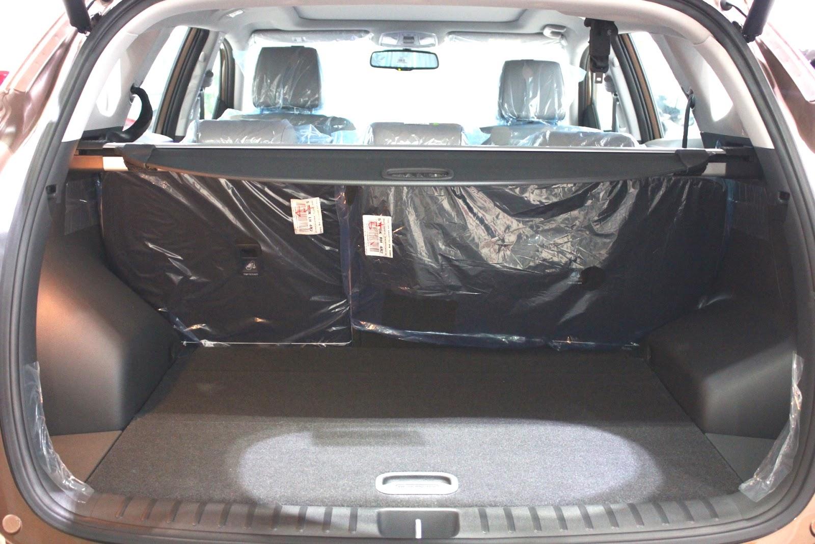 Nội thất xe Hyundai Tucson 5 chỗ màu nâu 08