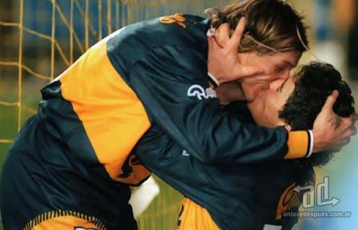 Los besos mas famosos -  Caniggia Diego Maradona