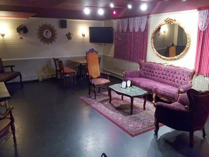 MASQ -- PRIVATE PARTY ROOM (RED ROOM) PHOTO (1)
