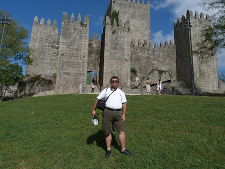 Obiective turistice Portugalia: cetatea din Guimaraes