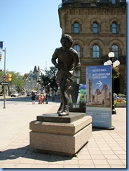 6058 Ottawa Wellington St - Terry Fox in front of Hill Centre