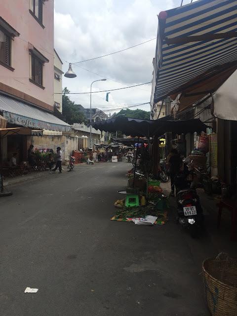 Bán nhà quận Tân Phú - Nhà 1 trệt 2 lầu ngay chợ Cây Keo 07