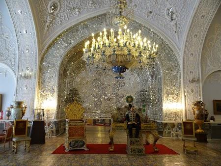 05. Interior Golestan.JPG