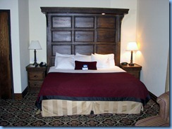 7488 Ohio, Cincinnati - Best Western Premier Mariemont Inn - our room