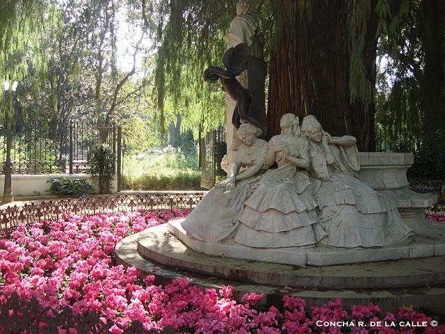 Sevilla- Parque de María Luisa - Glorieta de Becquer.jpg