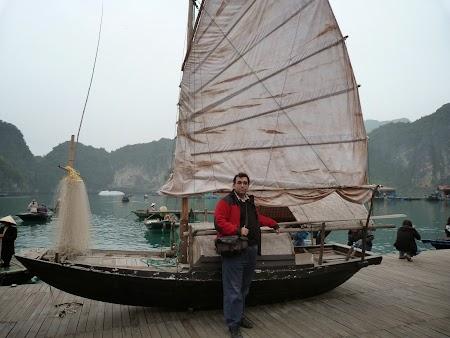 05. Junk sail - Vietnam.JPG
