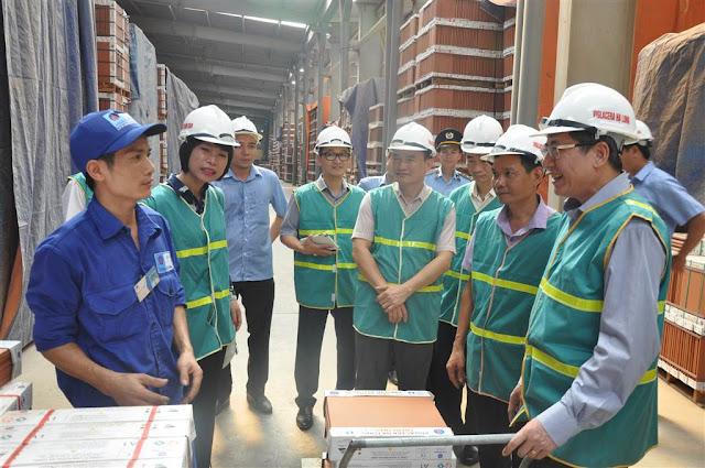 Tổng liên đoàn lao động Việt Nam về thăm Viglacera Hạ Long