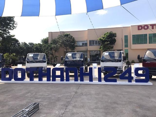 xe 1.4 tấn nâng tải 2.4 tấn IZ49 sử dụng động cơ 109Ps kim phun điện tử