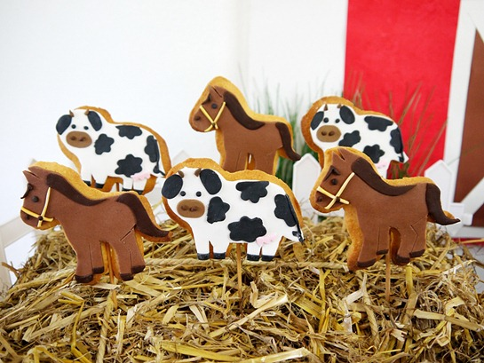 Barnyard Birthday Decorated Cookies