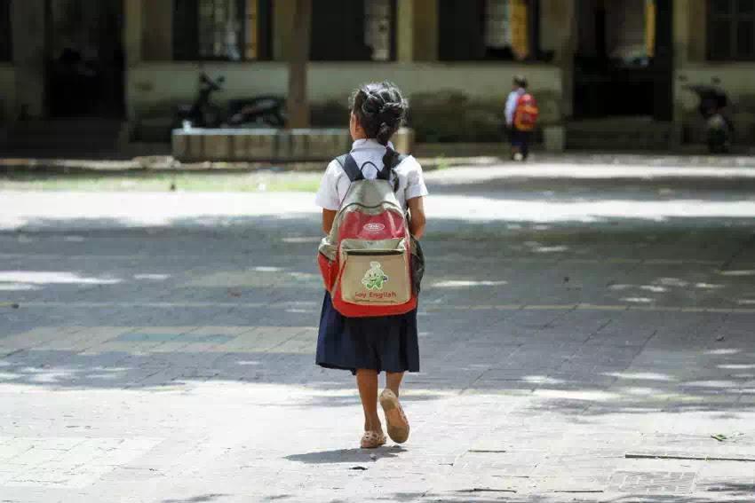 Cha mẹ phải làm gì để bảo vệ con cái khỏi bị bạo hành và lạm dụng ở trường học?