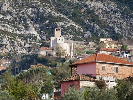Obiective turistice Albania: Cetatea Kruja